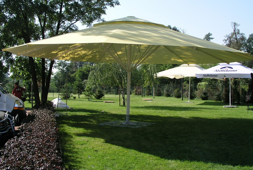Zeta Large Umbrellas and Parasols - Apex Shelters