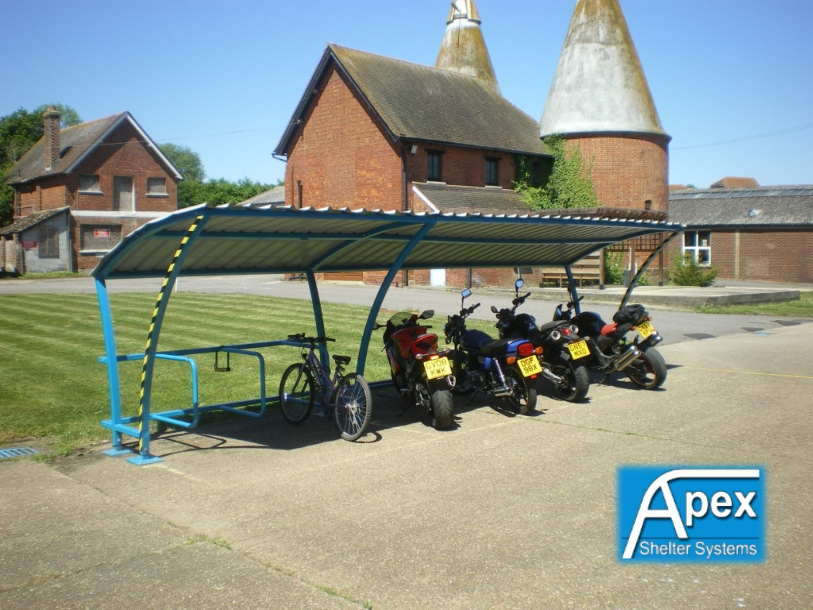 Beta P iR - iMc Cycle and Motorcycle Shelter