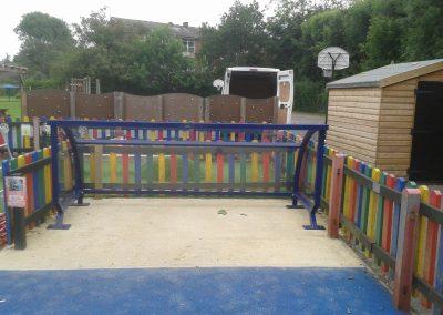Eta pram shelter - no locking rail