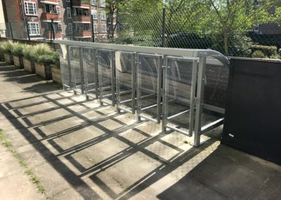 Eta pram shelter with gates